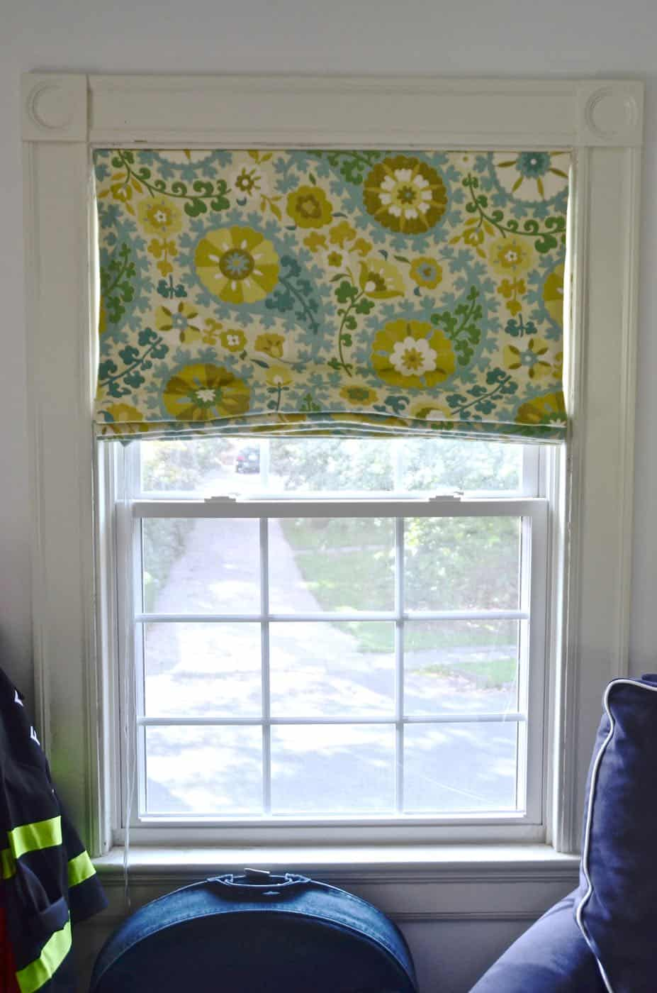 DIY black out roman shades.