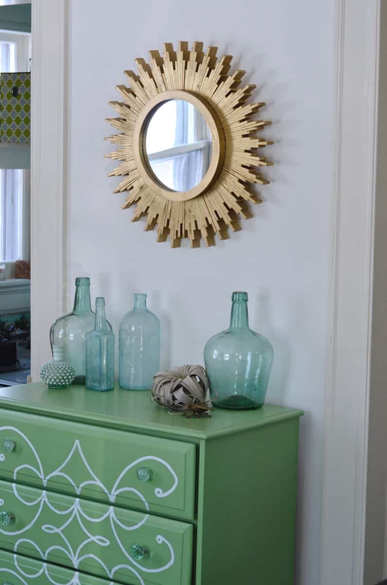 How to create a DIY sunburst mirror out of wood shims.
