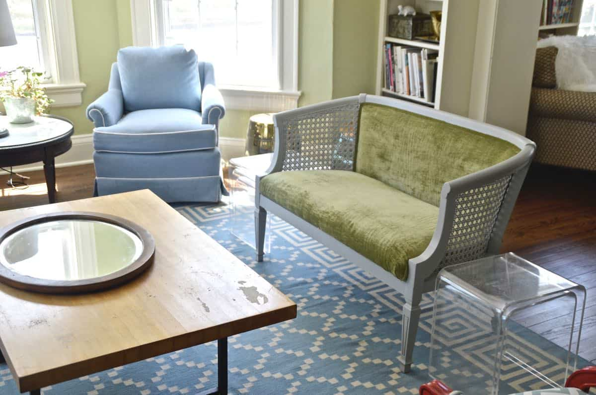 Refinishing a dated loveseat with chalkpaint and new upholstery.