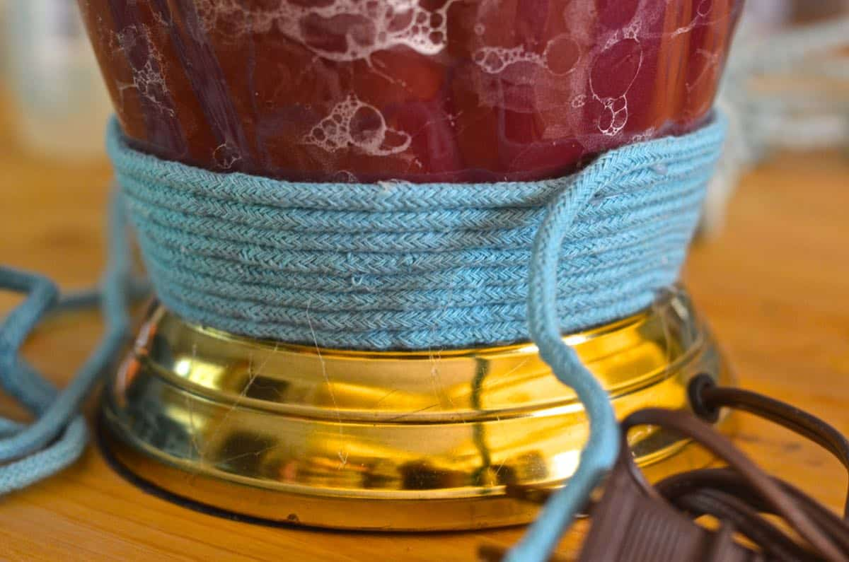 Ombre an ugly thrift store light easily with this fun tutorial.
