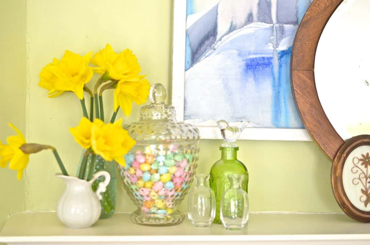 Colorful and flower filled SPring Home tour
