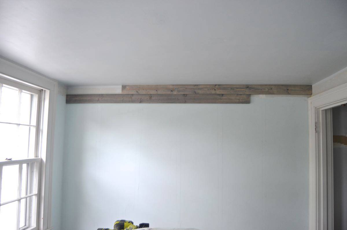How to make basic pin look like a weathered and chic reclaimed wood plank wall.