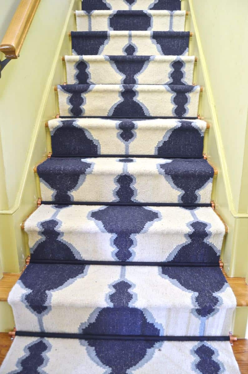How To Get Throw Up Out Of Carpet >> DIY Staircase Runner with Stair Rods