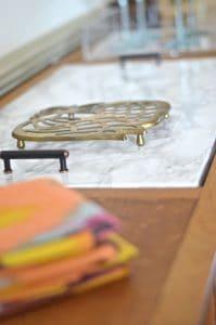 marble-sideboard-behind-napkins