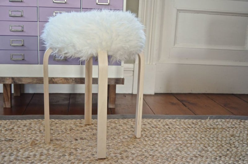 DIY flokati stool finished