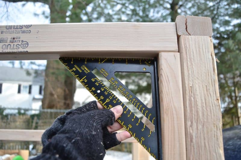 Measuring corners for shed