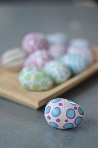 Polka dot egg D