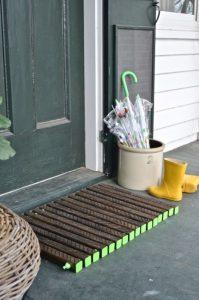 door mat with green ends