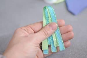 fold ribbon in half