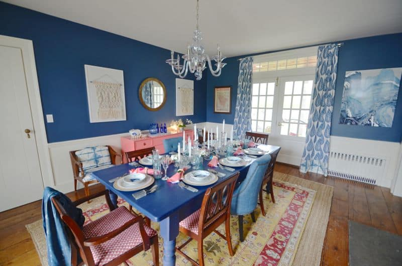 blue and white eclectic dining room