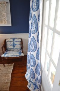 blue and white fabric mixing