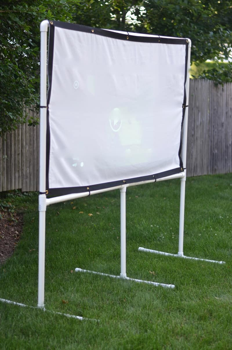 DIY Backyard Movie Screen - At Charlotte's House