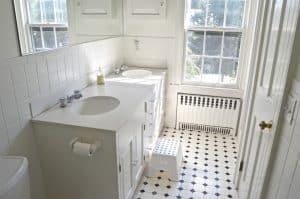 white vanity bathroom