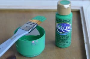 americana-green-craft-paint
