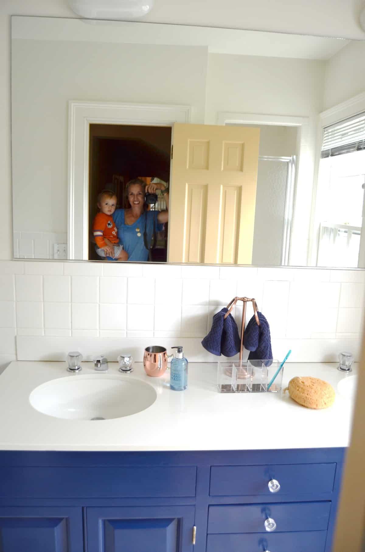 navy blue vanity makeover at charlotte 39 s house. Black Bedroom Furniture Sets. Home Design Ideas