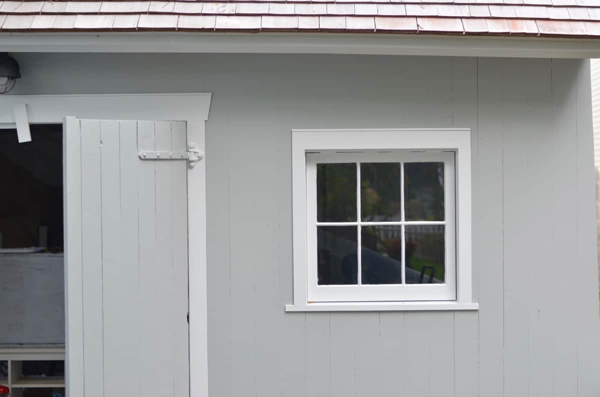Backyard shed update- DIY window boxes.