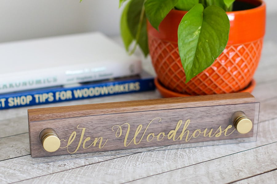 DIY bloggers answer seven questions about their style and their homes and their business each Sunday on Ciburbanity… this week- The House of Wood