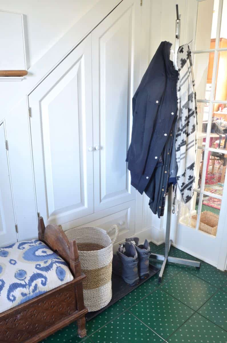 How a family of seven organizes their mudroom.