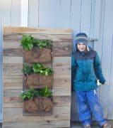 DIY Pallet wood wall planter