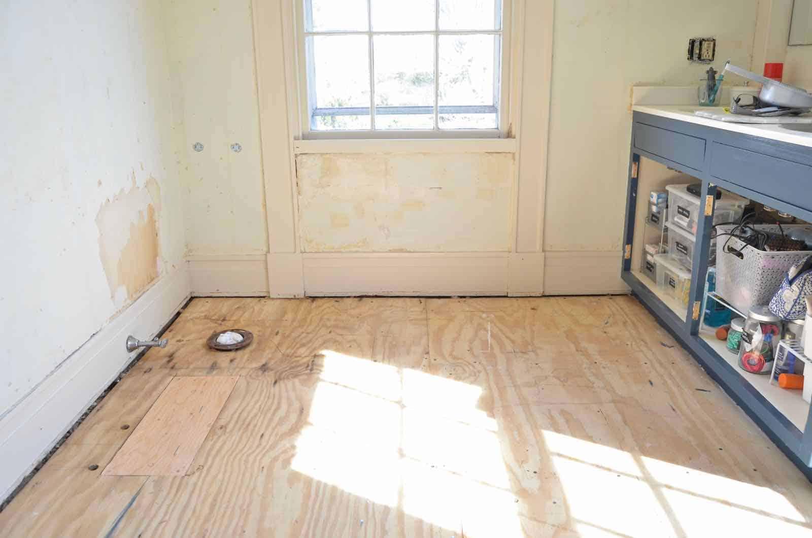 Floor tiling preparation