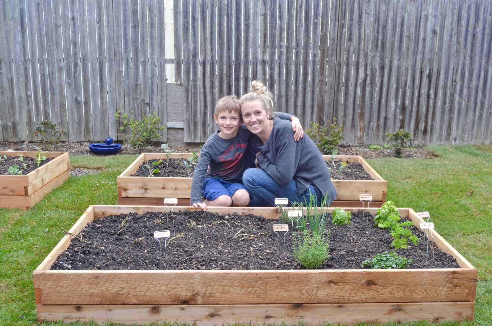 How to design a cool and functional raised garden bed.