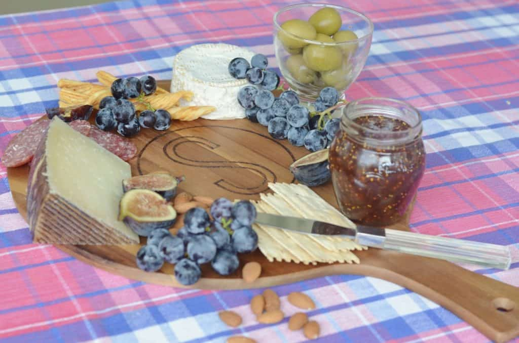 Easy Personalized Cheese Board
