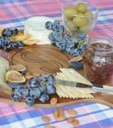 cheese-board-with-diy-monogram