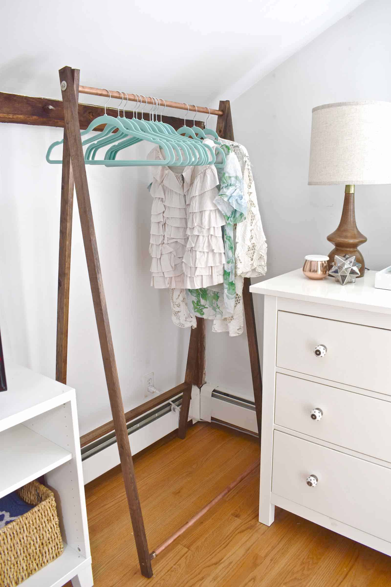 clothing rack for the one room challenge