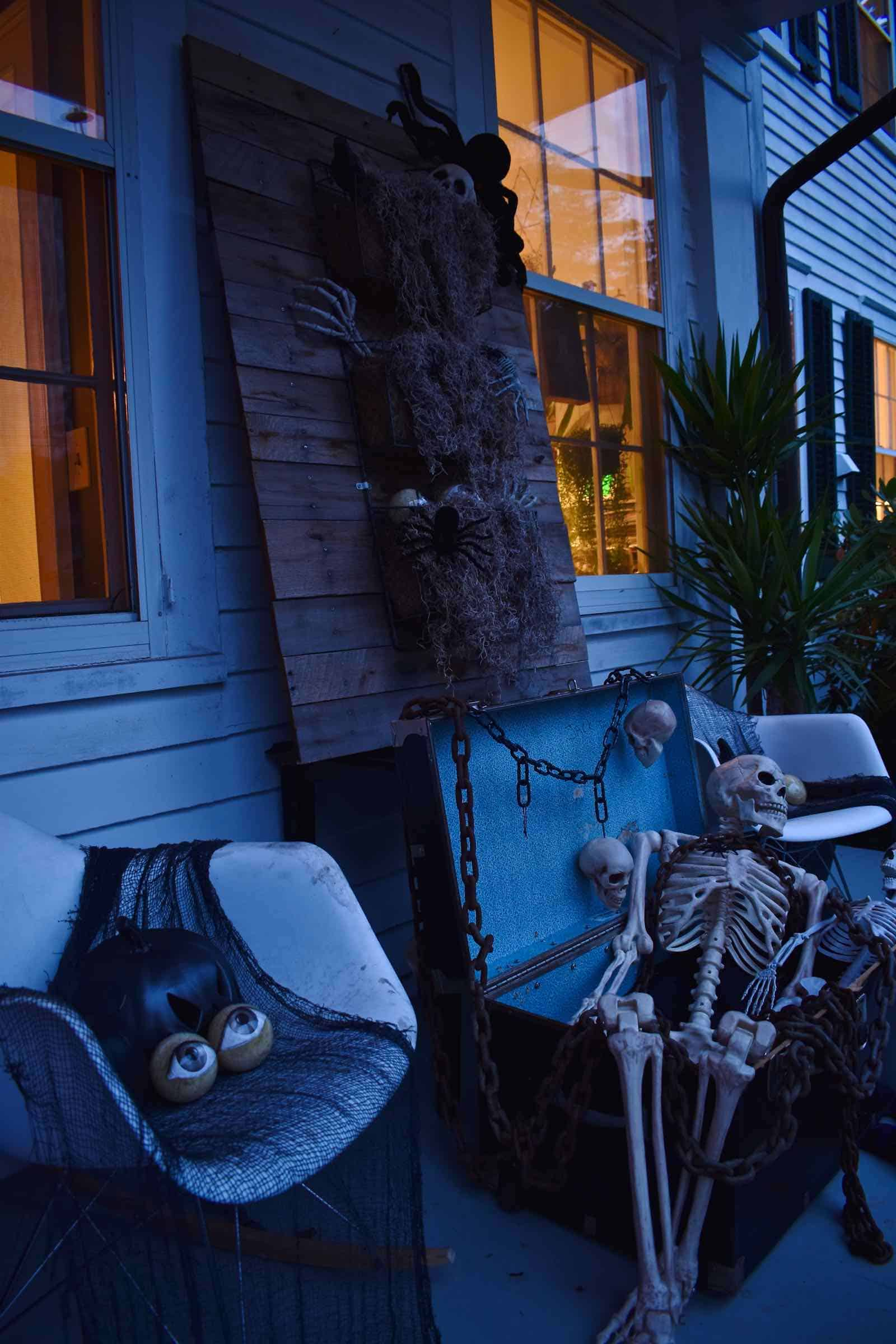 halloween eyeballs twilight decor