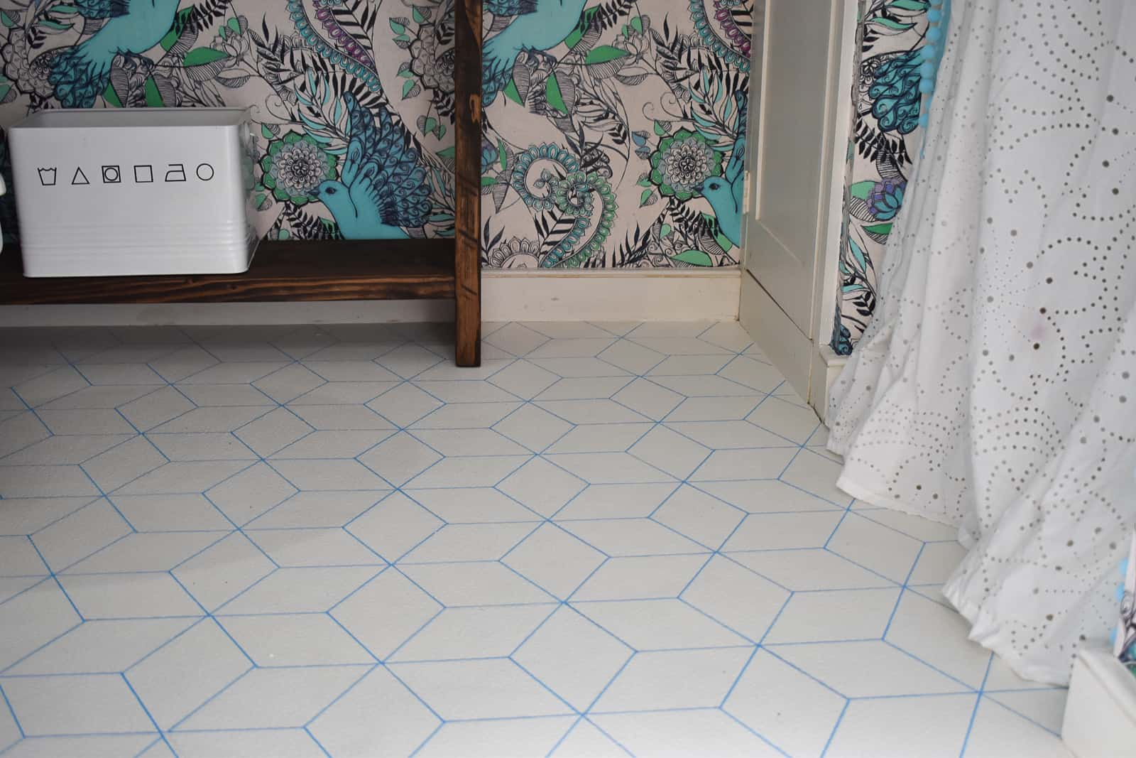 5 Graphic Painted Vinyl Floors At Charlottes House