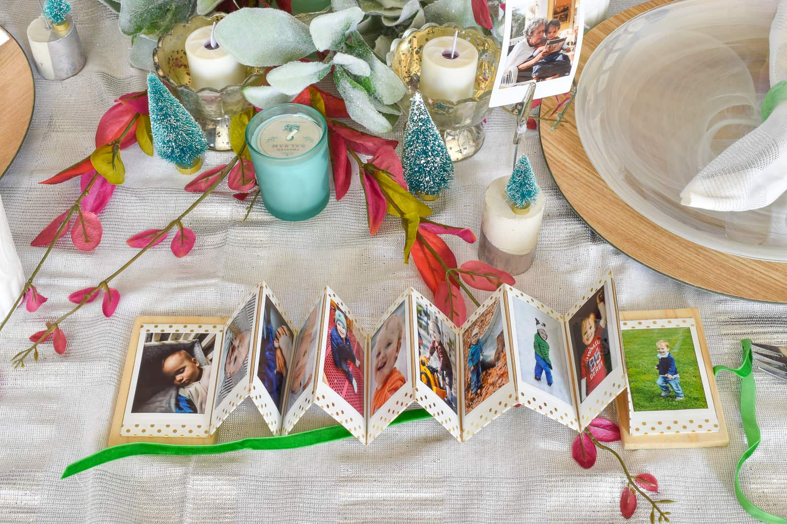 accordion photo display