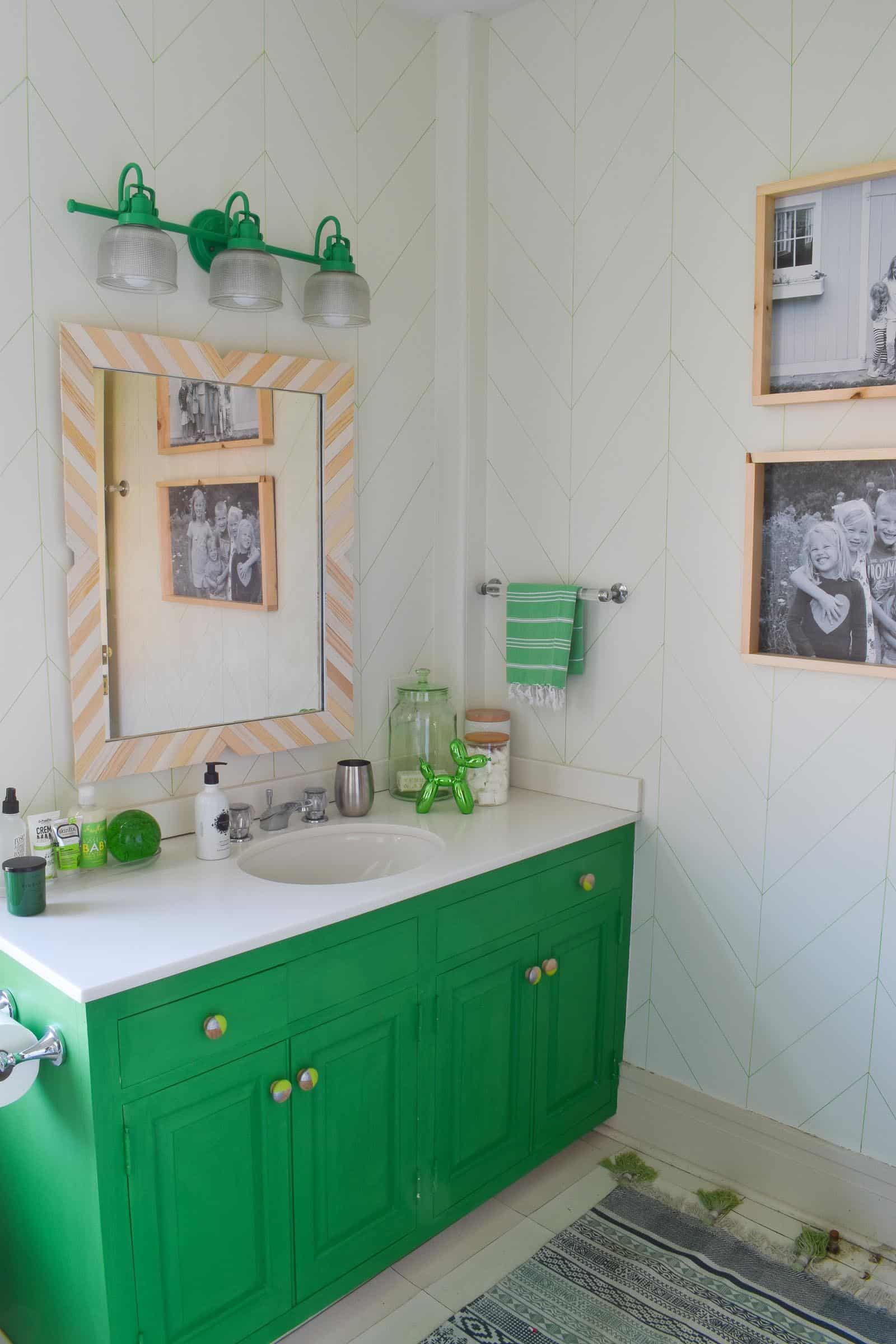 budget bathroom makeover for under sixty dollars