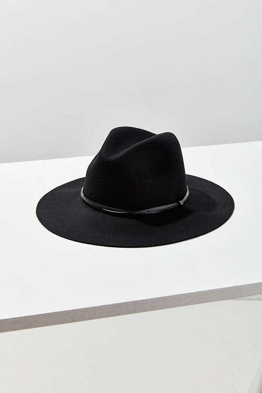 millennial shopping hats