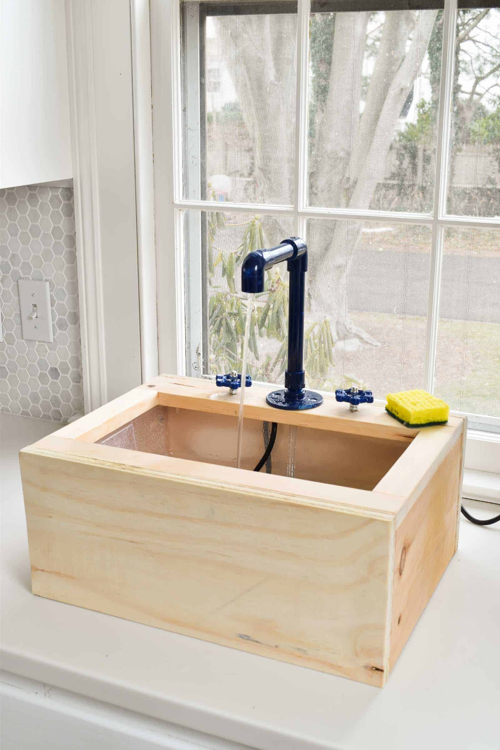 working toy sink