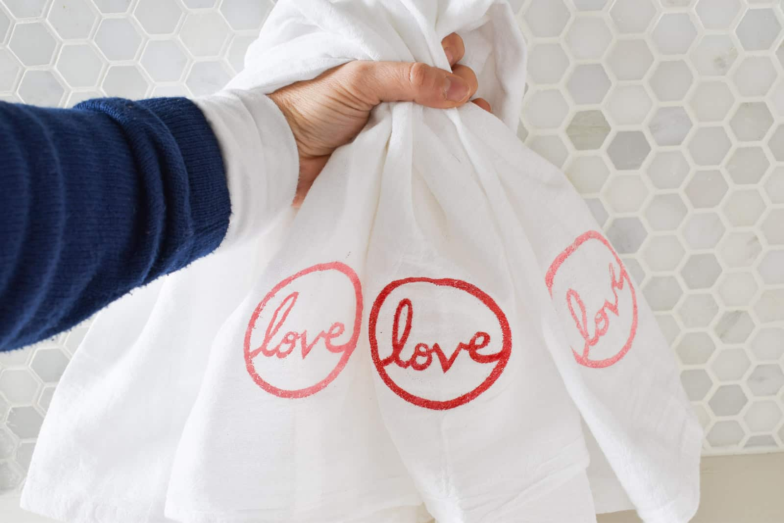 diy embossed valentines day towel homeright heat gun