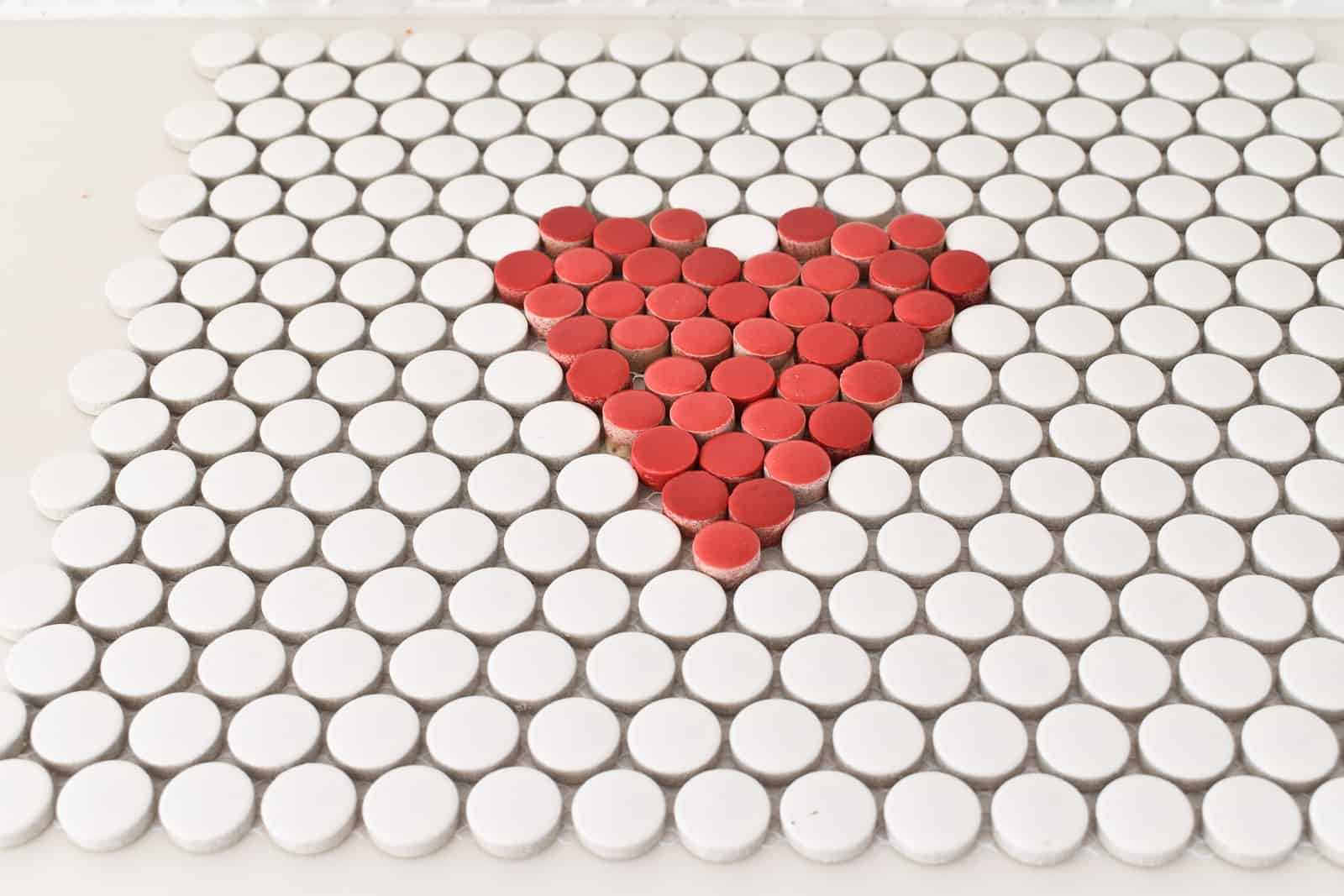 place red tiles into the heart
