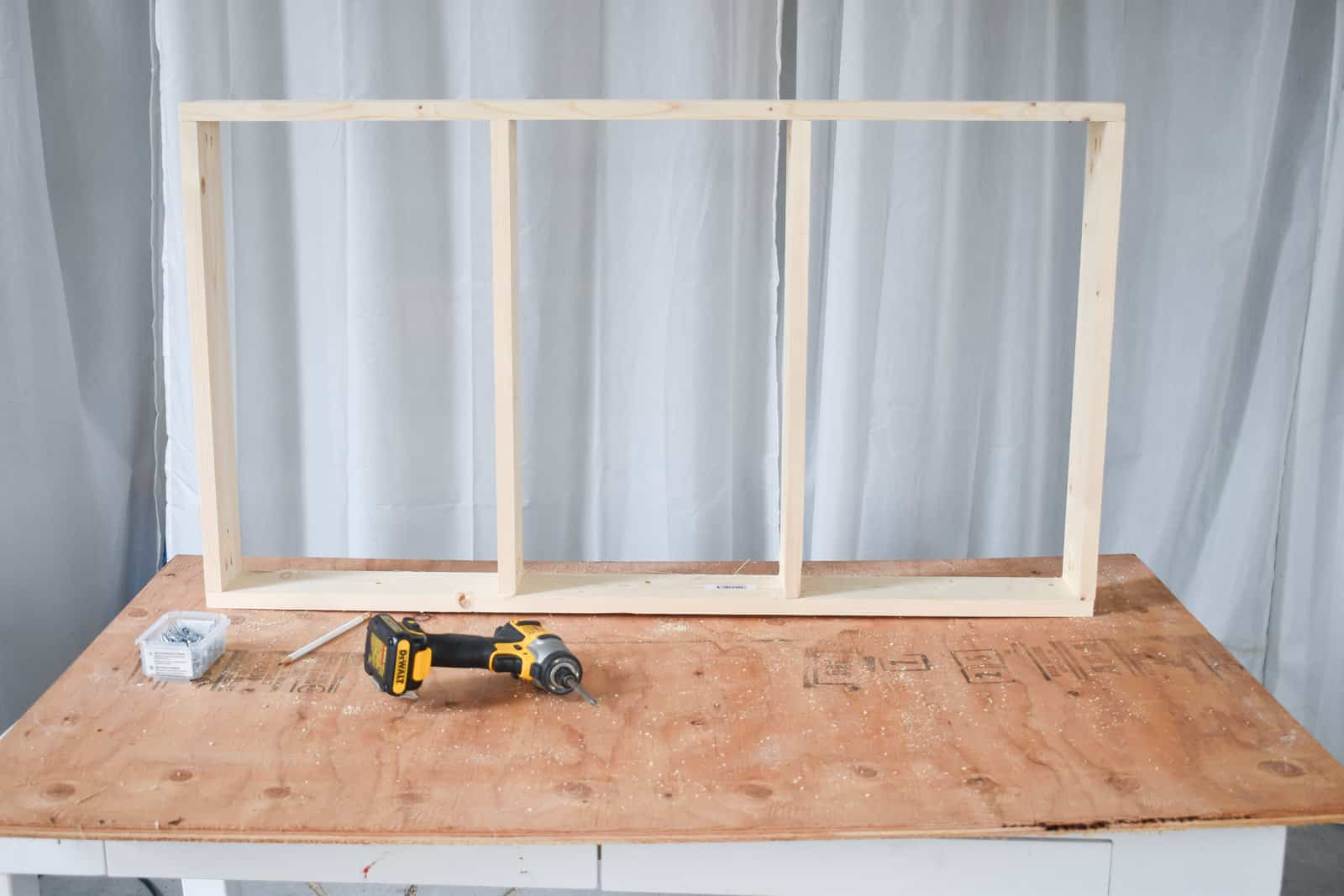 end pieces for daybed built like wall frame