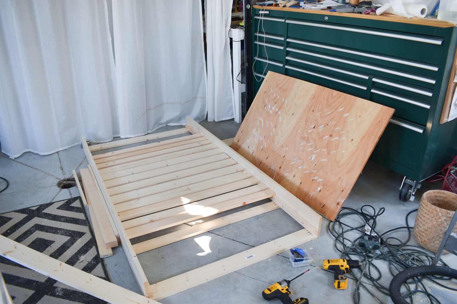 adding slats to the daybed