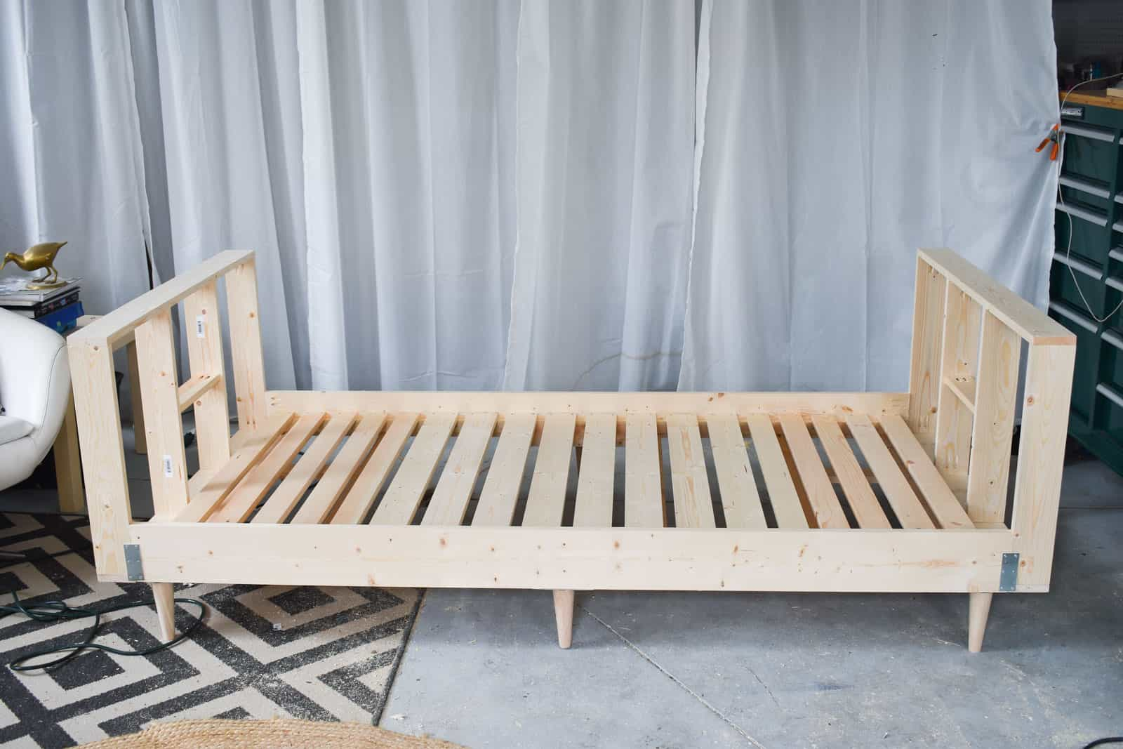 daybed progress