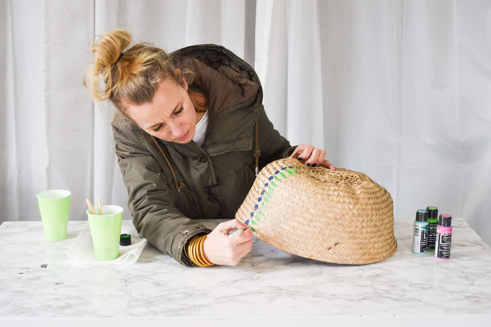 painting pattern onto the basket