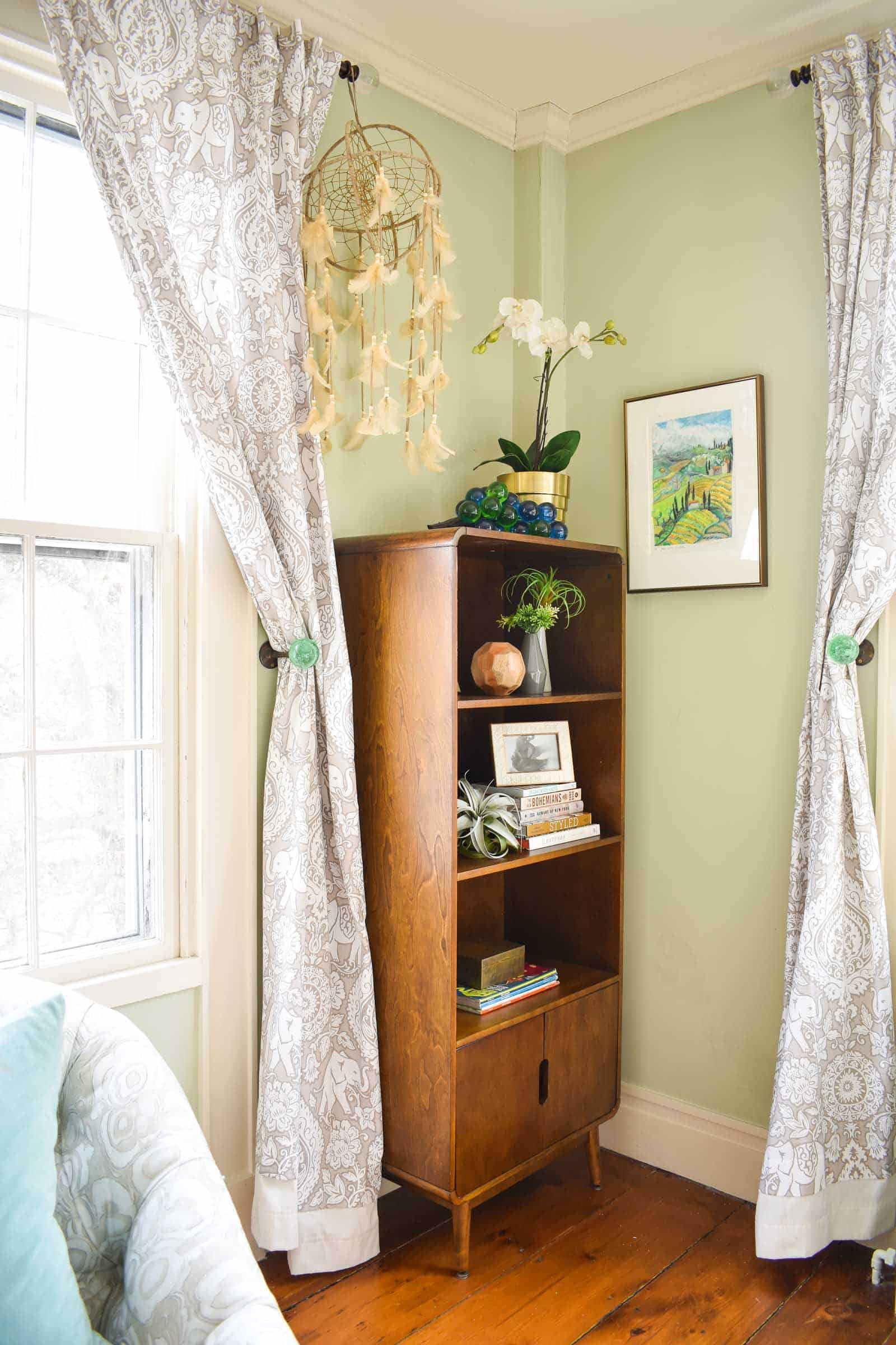 small book shelf in master bedroom