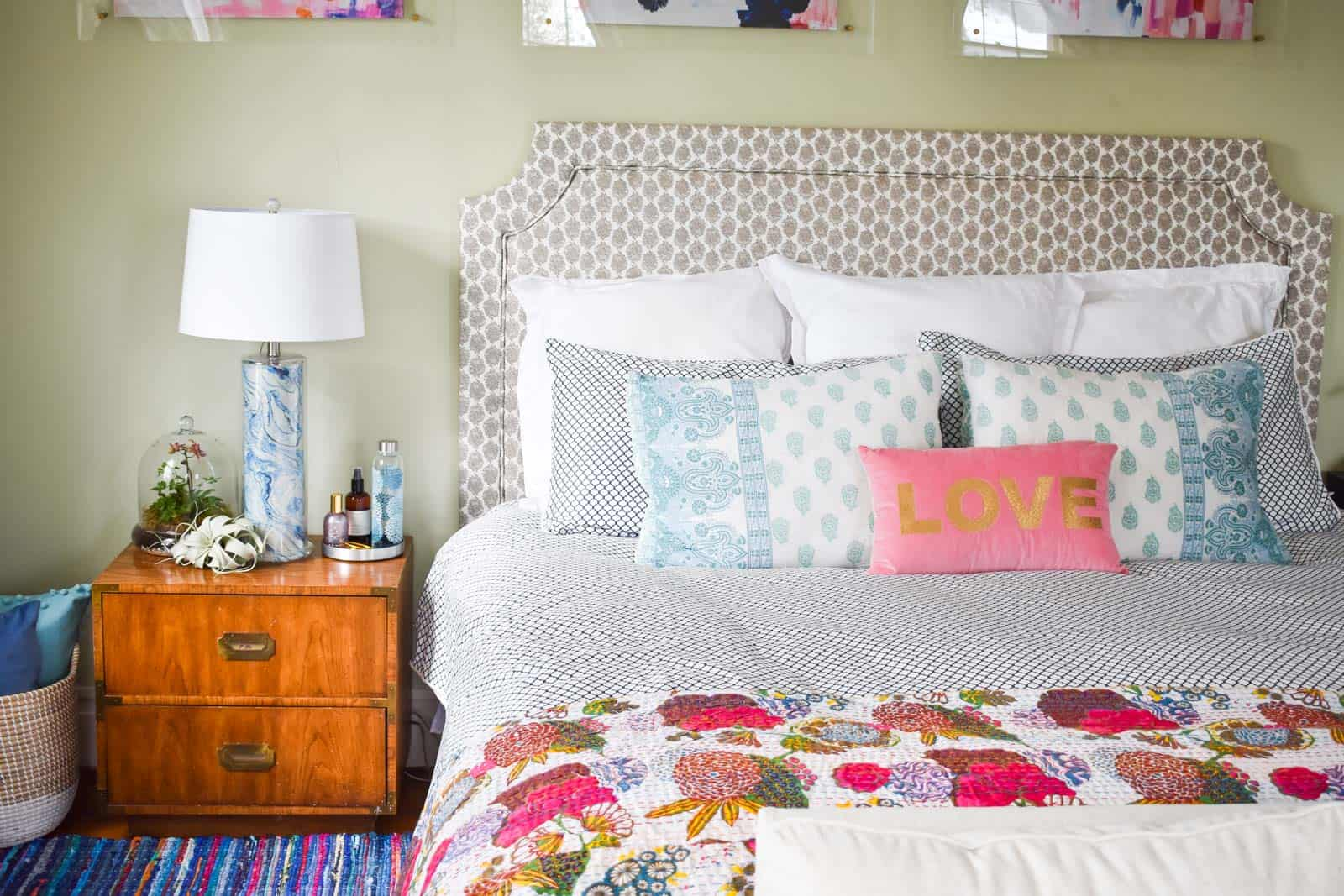 spring-master-bedroom-feature