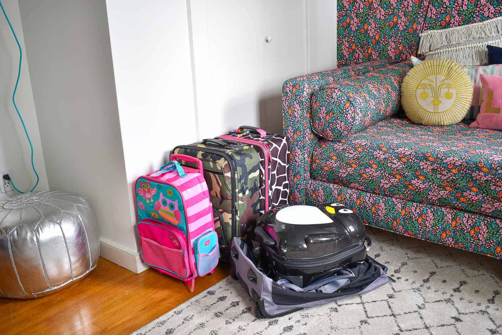 let the kids pick out their own luggage