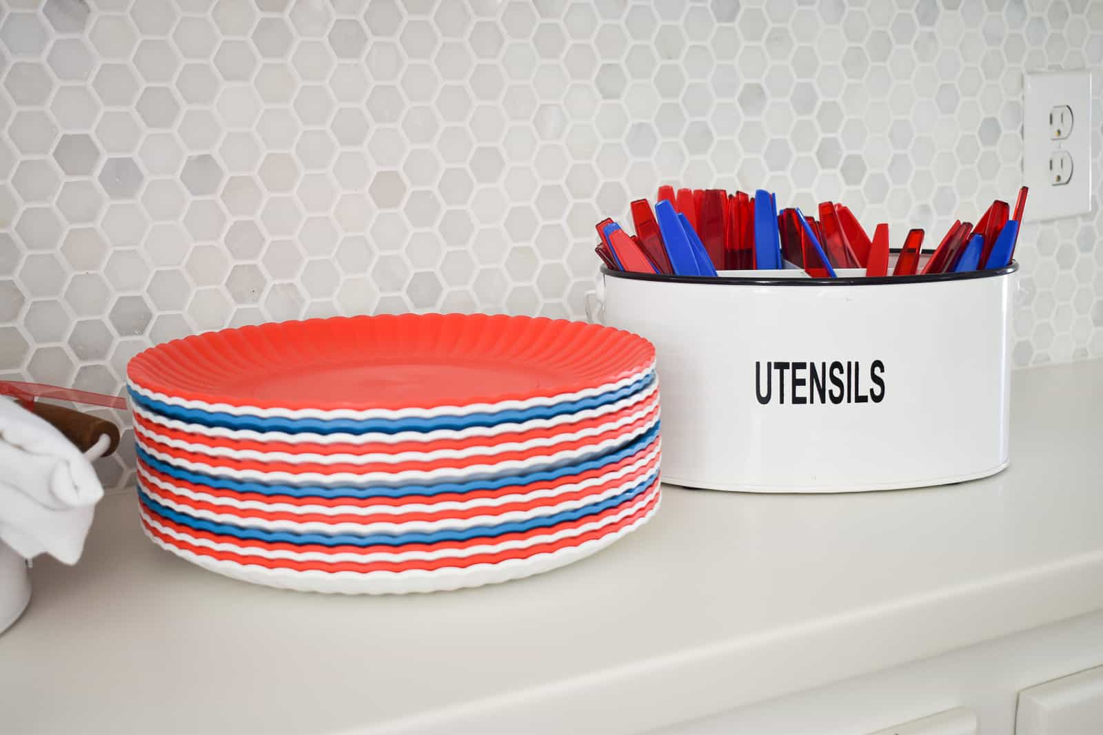 red white and blue decor for BBQ party