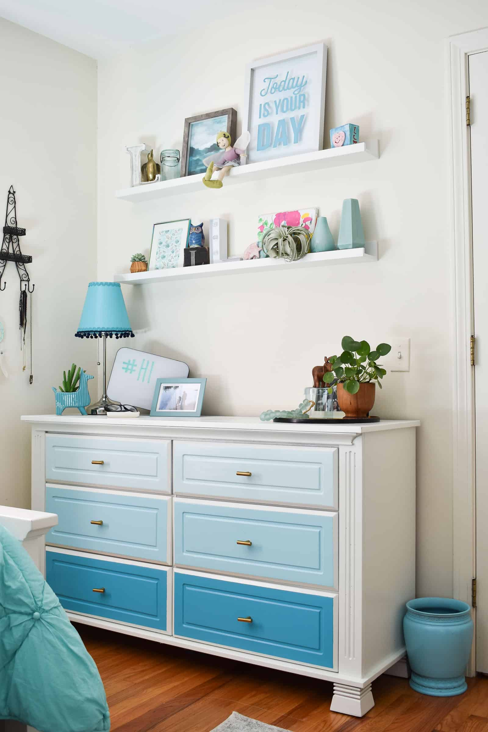 Blue and Teal Girl\'s Bedroom Makeover - At Charlotte\'s House