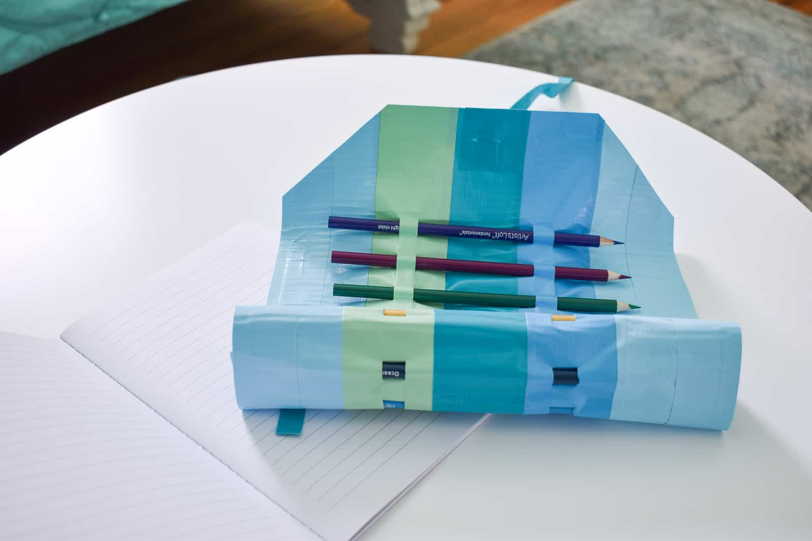 make your own duct tape pencil roll