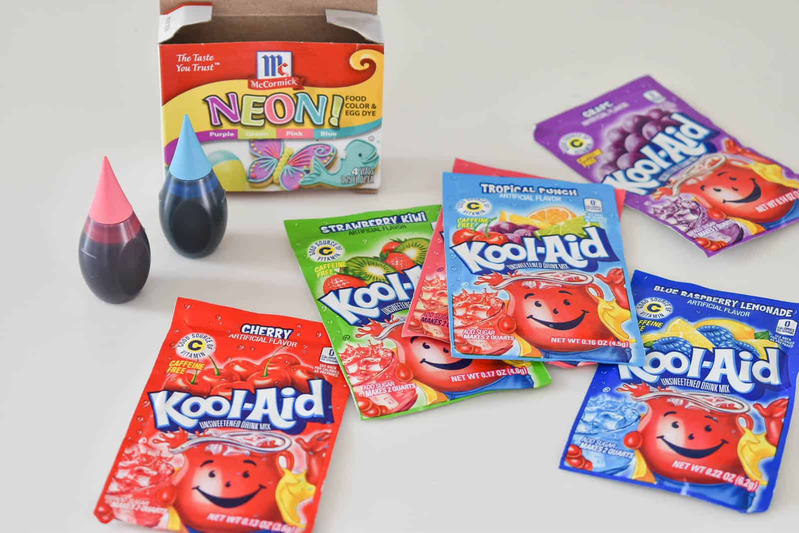 adding color to play dough with kool aid or food coloring