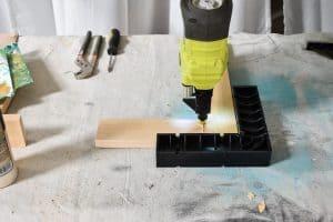 staple corner joints of frame