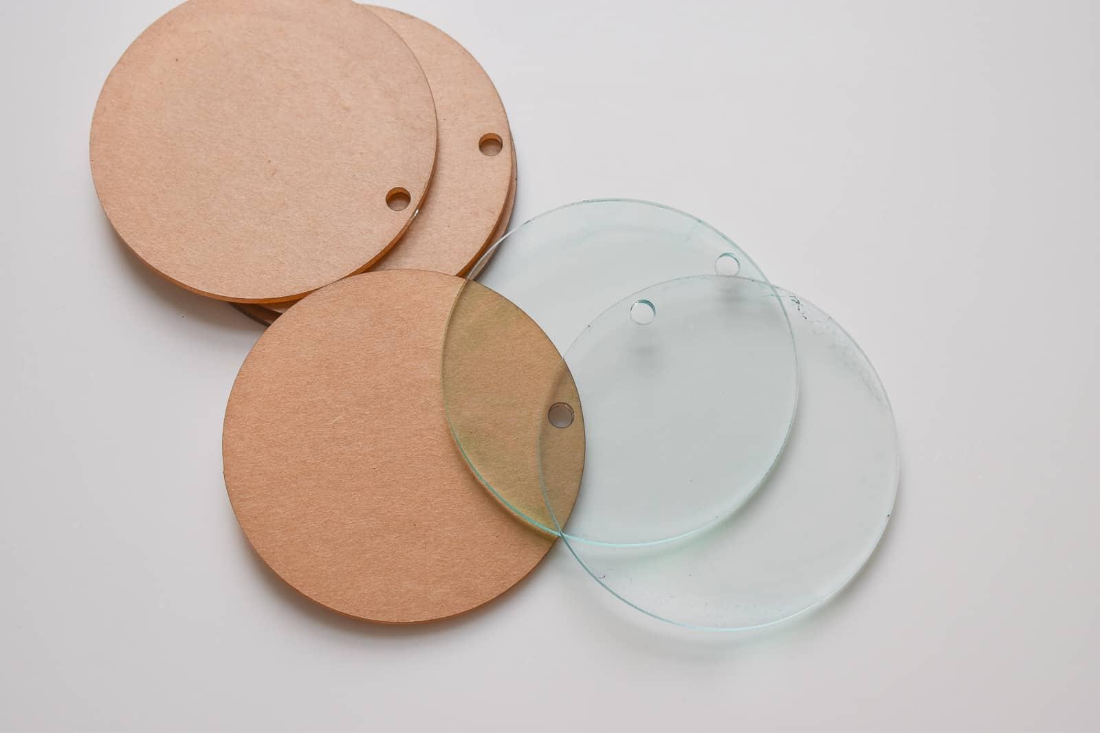 clear acrylic circles