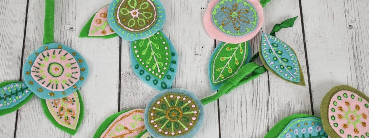 Day 11: Twelve Days of Ornaments- Floral DIY Felt Ornament